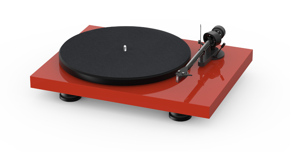 Pro-Ject Debut Carbon DC EVO turntable with Ortofon 2M Red high gloss red