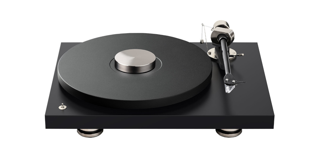 Pro-Ject Debut Pro with Pick it Pro cartridge, the record player for the 30th anniversary