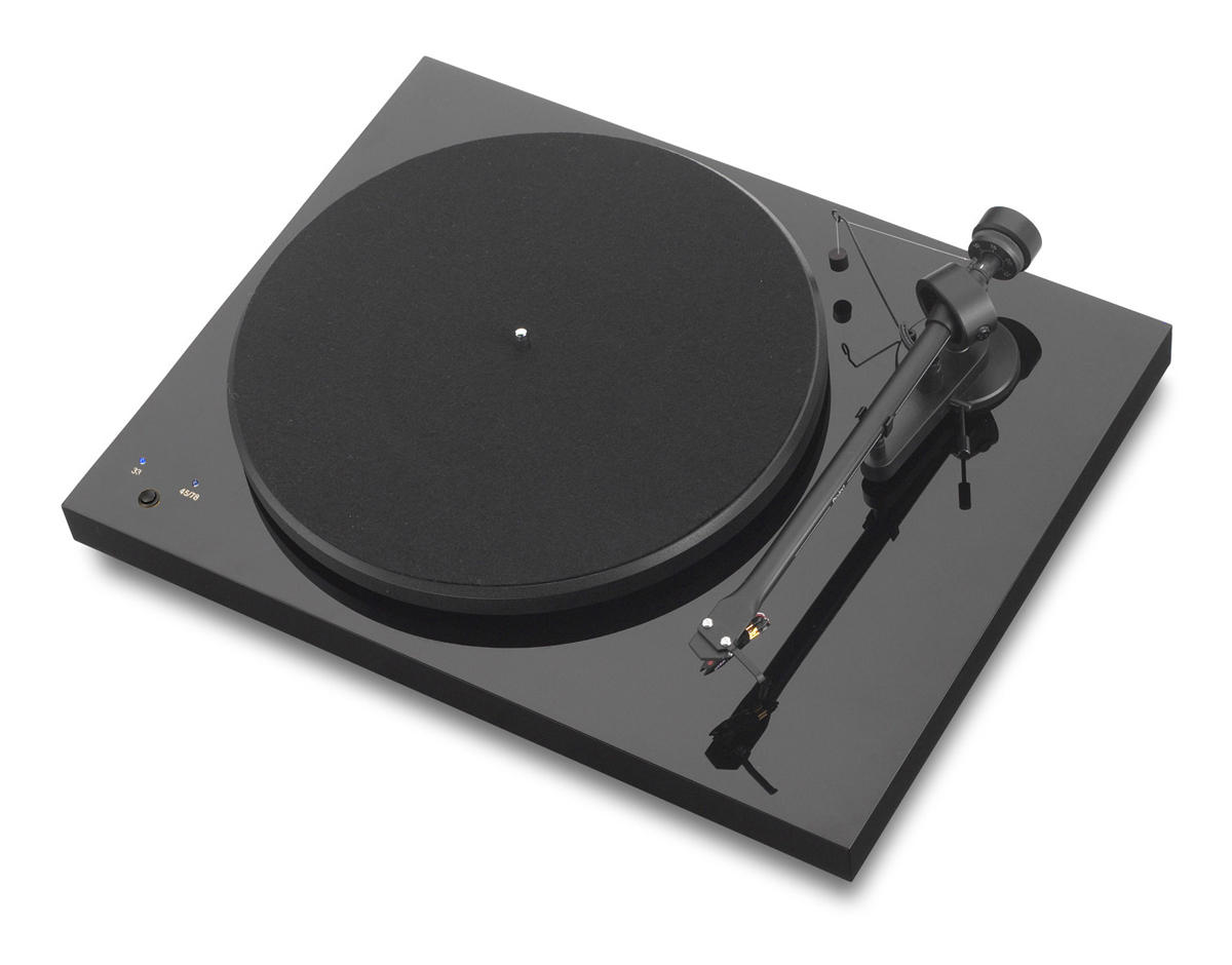 Pro-Ject Debut III Record Master mit Ortofon OM 5e