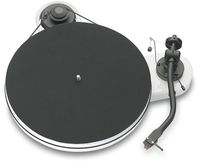 Pro-Ject RPM 1.3 Genie mit Ortofon 2M Red hochglanz weiss