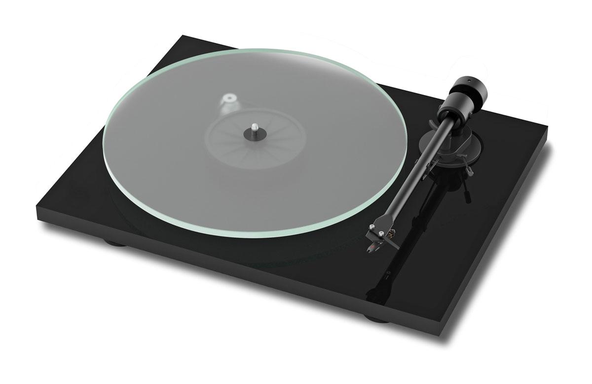 Pro-Ject T1 Plattenspieler mit Ortofon OM5E Tonabnehmer