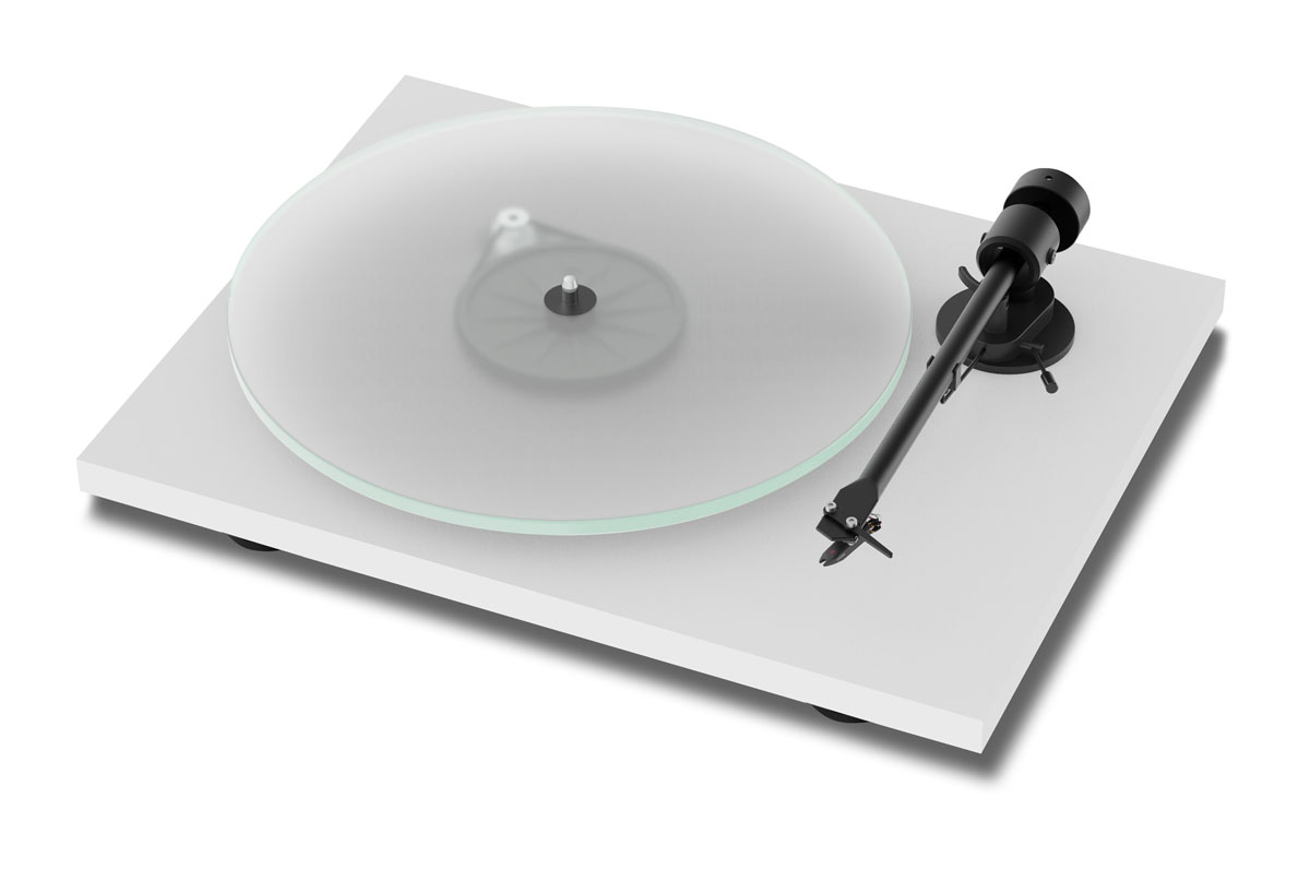 Pro-Ject T1 turntable with Ortofon OM5E cartridge matte white