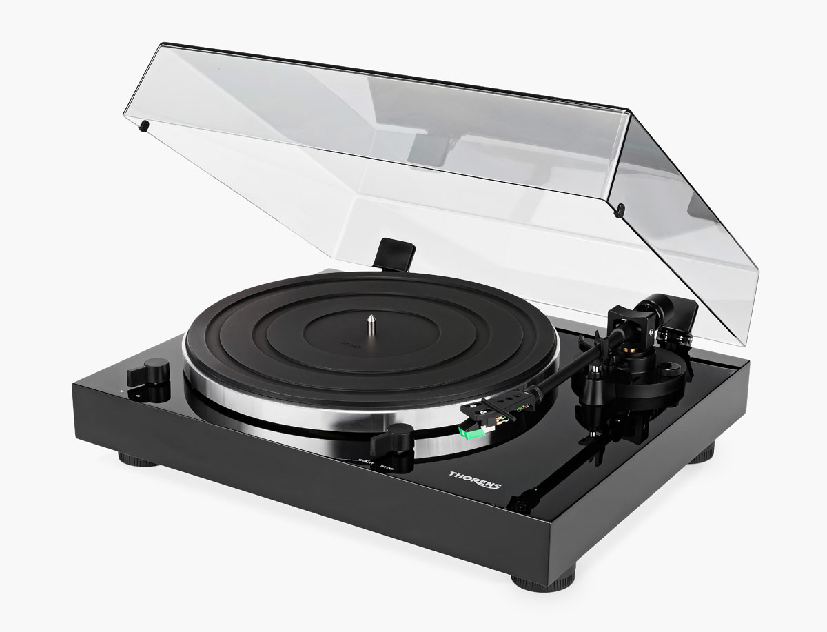 Thorens TD 202 Turntable with MM Phono preamplifier and USB high gloss black