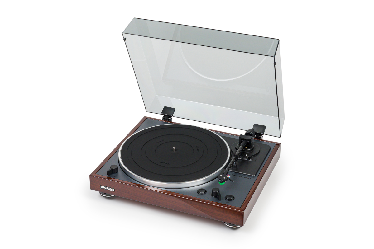 Thorens TD 102 A turntable with MM cartridge and phono preamp hgl. walnut