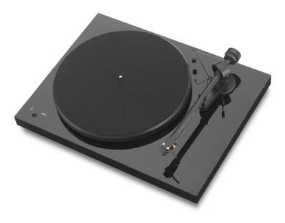 Pro-Ject Debut III Record Master incl. Ortofon OM 5e Highgloss Black