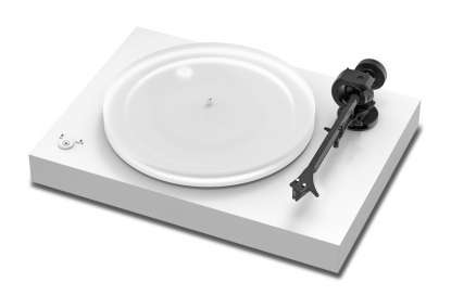 Pro-Ject X2 turntable with Ortofon Pick it 2M Silver Cartridge white matt