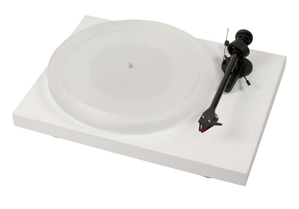 Pro-Ject Debut Carbon DC Esprit with Ortofon 2M Red highgloss white