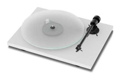 Pro-Ject T1 Plattenspieler mit Ortofon OM5E Tonabnehmer, weiß (geprüfte Retoure)